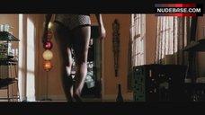 6. Sydney Tamiia Poitier Butt in Panties – Death Proof