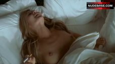 Michele Norin Shows Bare Breasts – Californication