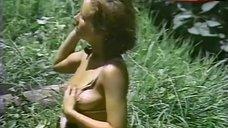 Lisa Beavers Flashes Tits – Sacrifice Of The White Goddess