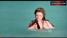 8. Kelly Brook Ass Scene – Survival Island
