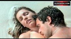 9. Kelly Brook Sex On Beach – Survival Island