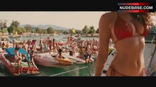 Kelly Brook Dancing in Red Bikini – Piranha 3D