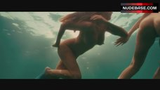 5. Kelly Brook Swimming Full Nude – Piranha 3D