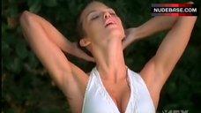 Annalynne Mccord in Wet Bikini  – Nip/Tuck