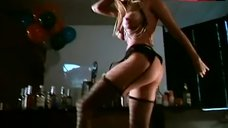 Melanie Good Dancing Striptease – Psycho Cop Returns