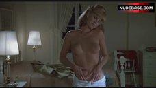 Mary Louise Weller Bare Boobs – Animal House
