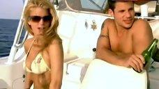 Jessica Simpson Bikini Scene – Newlyweds: Nick & Jessica