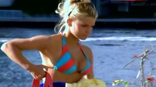 Jessica Simpson Hot in Bikini – Newlyweds: Nick & Jessica