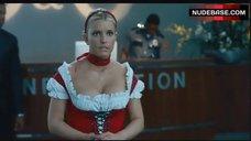 Jessica Simpson Decollete – Blonde Ambition
