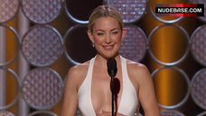 Kate Hudson Cleavage – The Golden Globe Awards