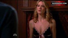 Yvonne Strahovski Underwear Scene – Chuck