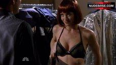 Yvonne Strahovski in Sexy Lingerie – Chuck