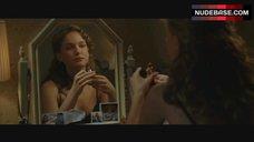 Natalie Portman Sexy in Black Bra – V For Vendetta