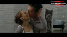 Natalie Portman French Kissing – Black Swan