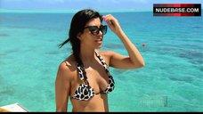 Kim Kardashian West in Bikini – Keeping Up With The Kardashians