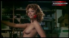 Marilda Dona Shows Breasts and Pussy – L' Affittacamere