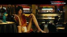 Jasmine Lennard Spread Legs – Revolver