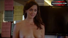 3. Sarah Power Bare Her Perfect Boobs – Californication