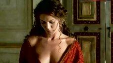 Vittoria Belvedere Hot Scene – Augustus