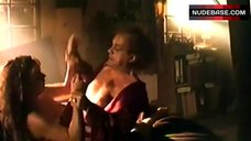 Veronica Ferres Flashes Her Tits – Schtonk!