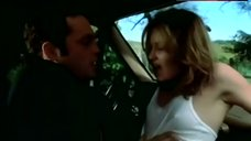 Joey Lauren Adams Sex in Car – A Cool, Dry Place