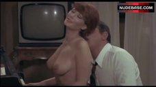 Edwige Fenech Tits Scene – L' Insegnante Viene A Casa