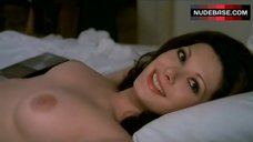 Edwige Fenech Exposed Tits and Pussy – La Pretora