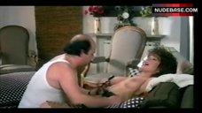 3. Edwige Fenech Exposed Breasts – Zucchero, Miele E Peperoncino