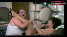 9. Edwige Fenech Exposed Breasts – Zucchero, Miele E Peperoncino