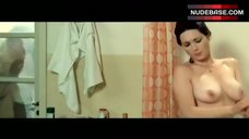 Edwige Fenech Washing Boobs – Secrets Of A Call Girl