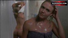 Jennifer Alden Ass Scene – Fall Down Dead