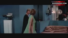 Jenny Agutter Nipples Through Dress – Logan'S Run