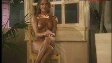 10. Kelly Ashton Posing Nude – Lolita 2000
