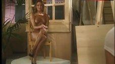 9. Kelly Ashton Posing Nude – Lolita 2000