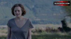 Elisabeth Moss Nipples Through Dress – Top Of The Lake