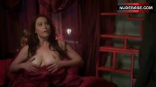 Melissa Archer Flashes Her Boobs – Excuse Me For Living