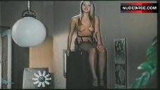 Gloria Guida Topless Scene – Il Medico E La Studentessa