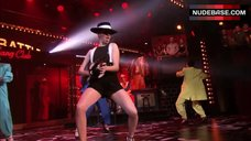 Alison Brie Hot on Stage – Lip Sync Battle
