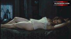 Katarzyna Figura Nude in Corset – Dead Man'S Bounty
