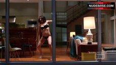7. Lisa Edelstin Danse in Underwear – Girlfriends' Guide To Divorce