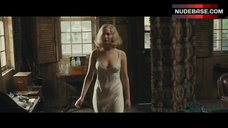 Jennifer Lawrence Hard Niplles – Serena