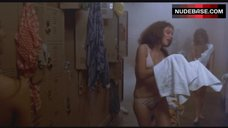 3. Nancy Allen Shows Nude Boobs and Pussy – Carrie