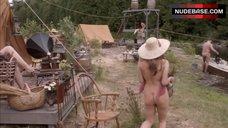 Talia Russo Nude Butt – Murdoch Mysteries