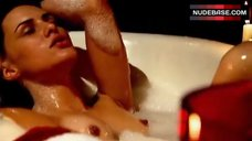 Eve Mauro Masturbating in Bathtub – The Grind