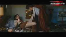 Emma Roberts Upskirt – Lymelife