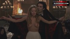 Laure Marsac Public Nudity – Interview With The Vampire