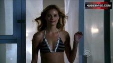 Ricki Noel Lander Bikini Scene – Csi: Crime Scene Investigation