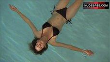 Elaine Cassidy Bikini Scene – Harper'S Island