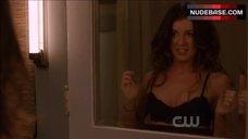 Shenae Grimes Lingerie Scene – 90210