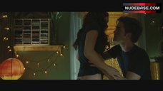 Kristen Stewart Hot Scene – Twilight